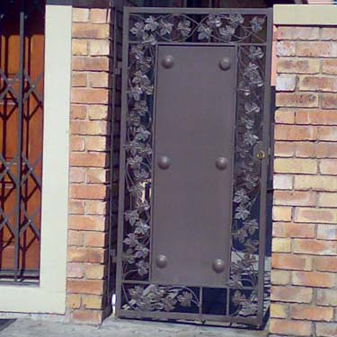Security_gate03