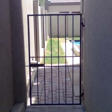 Security_gate12