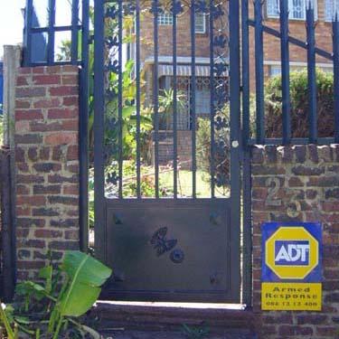 Security_gate13
