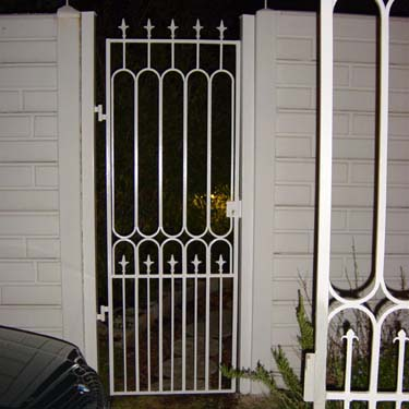 Security_gate14