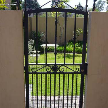 Security_gate16