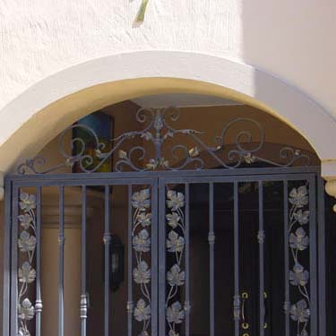 Security_gate17
