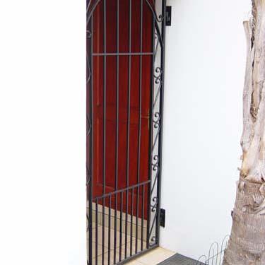 Security_gate22