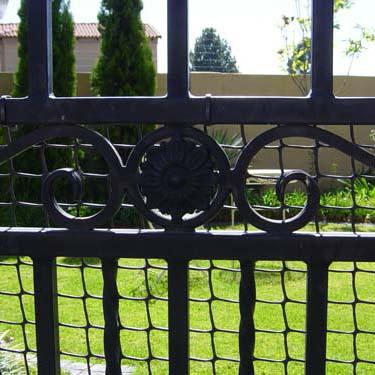 Security_gate26